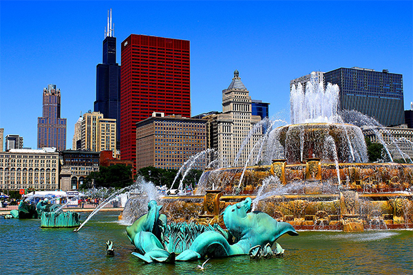 Buckingham Fountain (smaller)